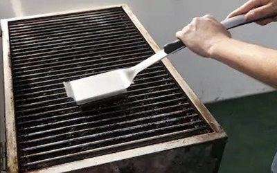 Gas Grill: Cleaning & Maintenance