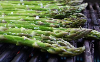 Grilled Asparagus With Spring Pesto
