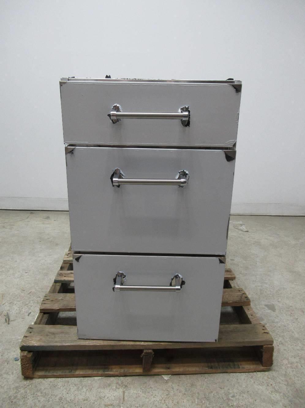 18 Inch Deep Base Kitchen Cabinets